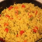אורז עם ירקות, צבעוני, שמח וטעים בחמש דקות