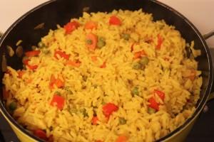 אורז צבעוני שמח וטעים בחמש דקות