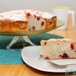 עוגת שזיפים קלילה וקיצית